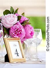 trouwfeest, tafel, versiering, reeks
