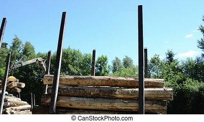 truck clipper logs - truck clippers loading the cut logs...