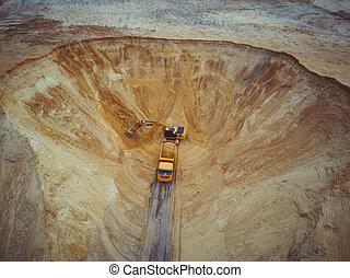 truck., vue, machinerie, quarry., -, lourd, dumper, excavateur, sable, aérien, fonctionnement, chargement, camion
