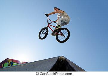 truco, bici del bmx, cima, tabla