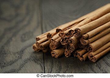 true cinnamon sticks