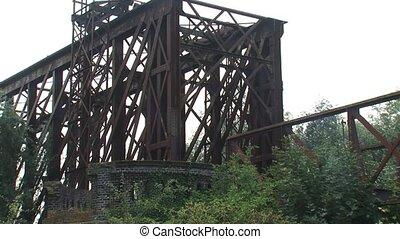 truss railway bridge   zoom out