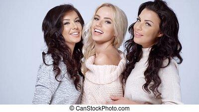 trzej kobiety, przyjaciele, wspaniały, młody