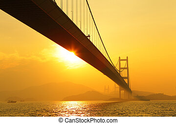 tsing, ma, ondergaande zon , brug