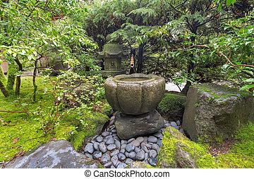Pierre, bassin, fontaine, japonaise, bambou. Pierre,... image ...