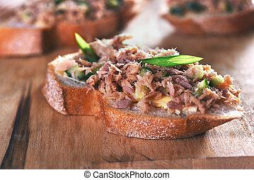tuńczyk, sandwicz