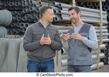 tube vendor and a client having a conversation