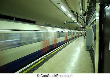 tubo, tren