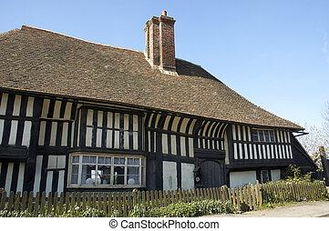 Tudor house - An  old tudor house in Kent, England