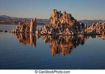 Tufa at Mono Lake, California