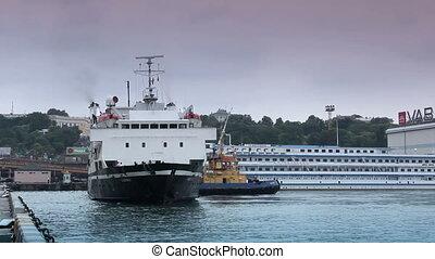 tug-boat, handlarski, port, morze