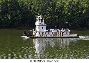Tug Boat - Tug boat going down cumberland river