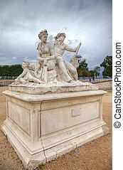 tuileries, 劇的な 空, パリ, france., 背景, 彫刻, 庭