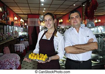 tulajdonos, kicsi, kávéház, pincérnő, business:
