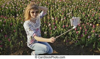 tulipe, selfie, jeune, champ, confection, blond, girl