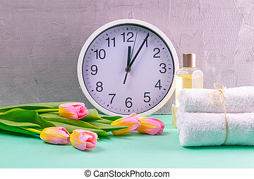 tulips, experiência., toalhas, bonito, treatments., três, branca, corporal, tempo, turquesa, relógio, saúde, conceito, preparar, ramo, spa