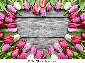 tulpen, arrangiert, auf, altes , hölzern, hintergrund