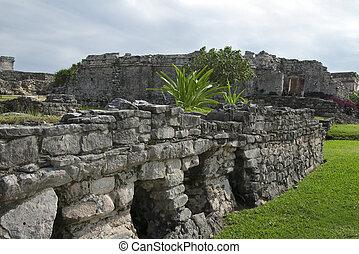 Tulum House of Columns