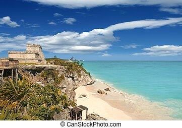 Tulum mayan ruins caribbean sea in Mexico