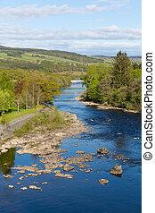tummel, rivière, ecosse, royaume-uni, pitlochry