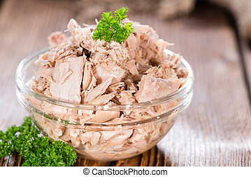 Tuna with parsley