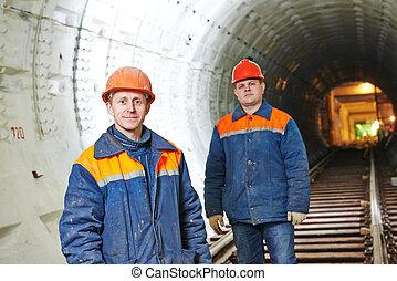 tunel, metro, pracownicy, umieszczenie zbudowania