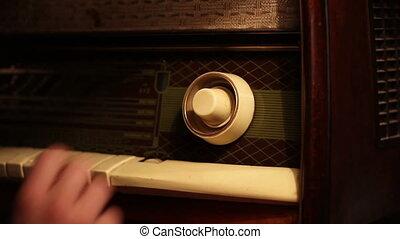 Tuning Old Radio