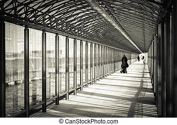 tunnel verre, pour, pedestrians.