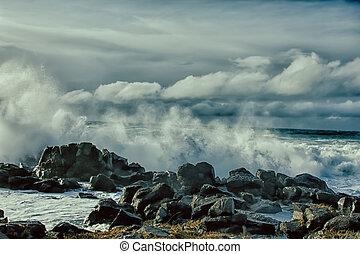 turbulent, vagues, de, océan pacifique, et, accidenté, beauté, de, basalte, rochers