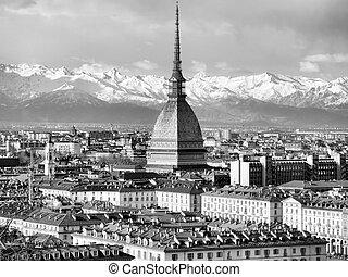 Turin view - City of Turin (Torino) skyline panorama seen...