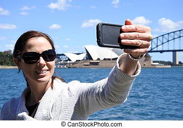 turista, donna, presa, uno, selfie, in, sydney