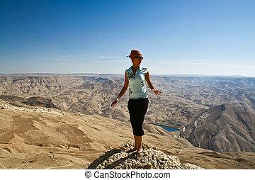 turista, em, montanha, de, jordânia