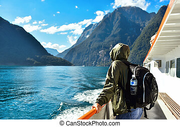 turista, en un bote, en, un, fiordo
