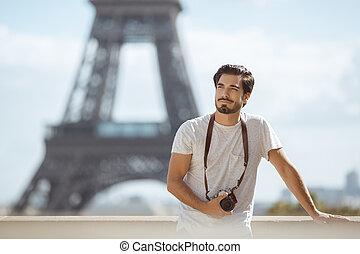 turista, parís, cuadros, toma, eiffel, parís, cámara, torre, frente, torre