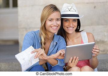 turista, presa, allegro, foto, femmina, essi stessi, amici