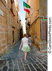 turista, sightseeing, em, piazza, armerina, sicília