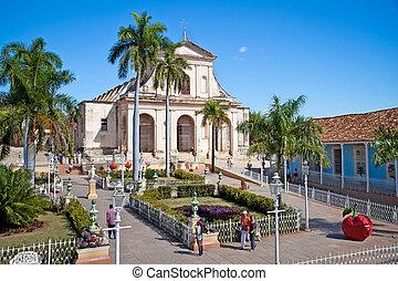 turistas, admirar, típico, arquitetura, em, trinidad, cuba.