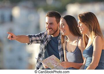turistas, grupo, vacaciones, contemplando, vistas