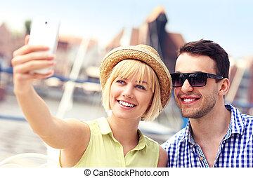 turistas, levando, selfie, jovem