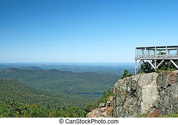 turistico, punto vista, su, uno, montagna