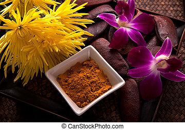 Turmeric Scrub for beauty treatment in spa.