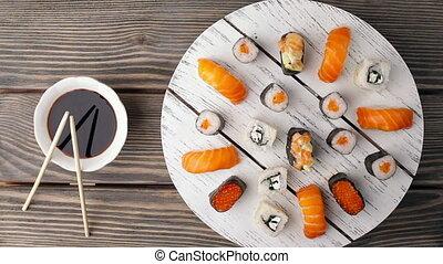 Turning Sushi. Loopable