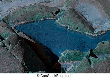 Turquoise Pool 4409