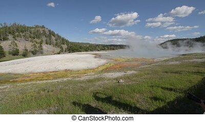 Turquoise Pool Yellowstone - Turquoise Pool Midway Geyser...