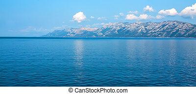 Adriatic sea - Turquoise water of Adriatic sea, Croatia