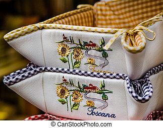 Tuscany bread basket