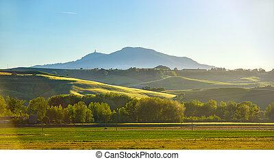 Tuscany, evening sun
