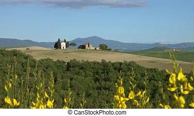 Tuscany background - farmland hill fields in Italy, Europe, 4k