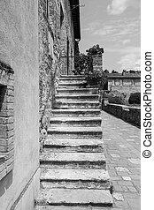 Tuscany Village - Bagno Vignoni, ancient Tuscan village in ...