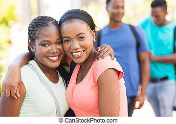 två, afrikansk amerikan, högskola, vänner